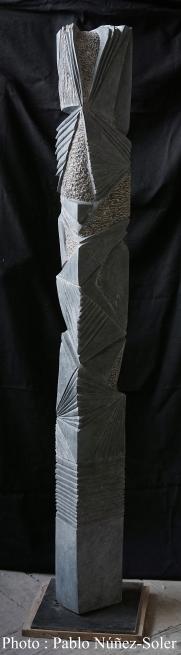 """""""Passeur de lumière"""" - Granite Belge - 140 x 15 x 9 cm - 2019"""